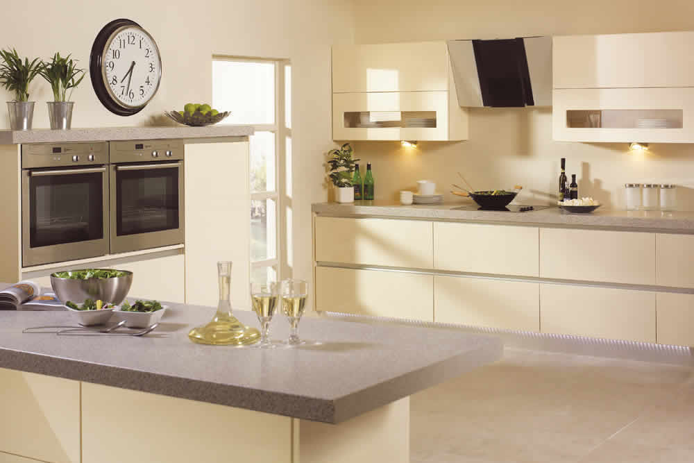 Bella High Gloss Cream Venice Kitchen