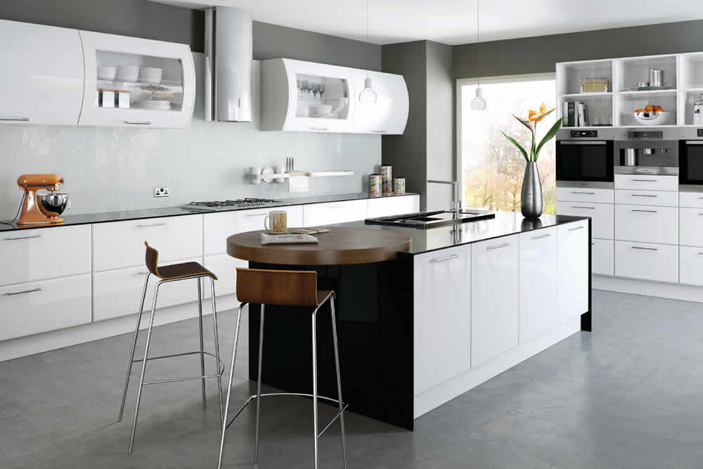 Bella High Gloss White Lincoln Kitchen