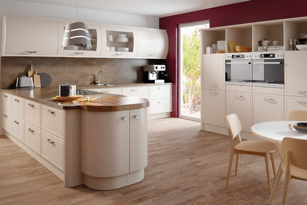 Bella Matt Cashmere Euroline Kitchen