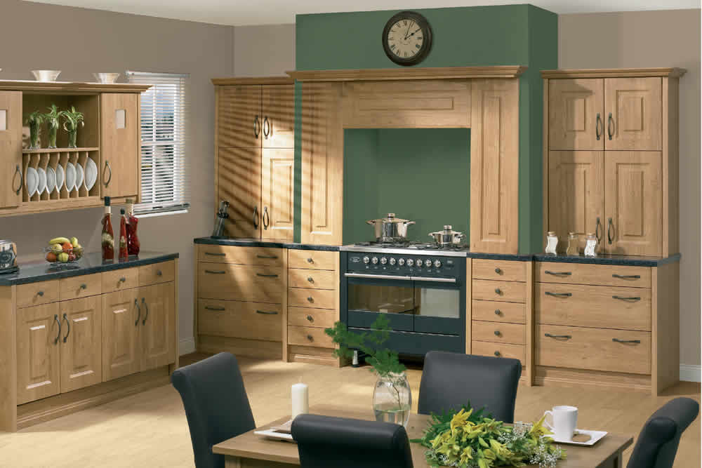 Bella Pippy Oak Oxford Kitchen