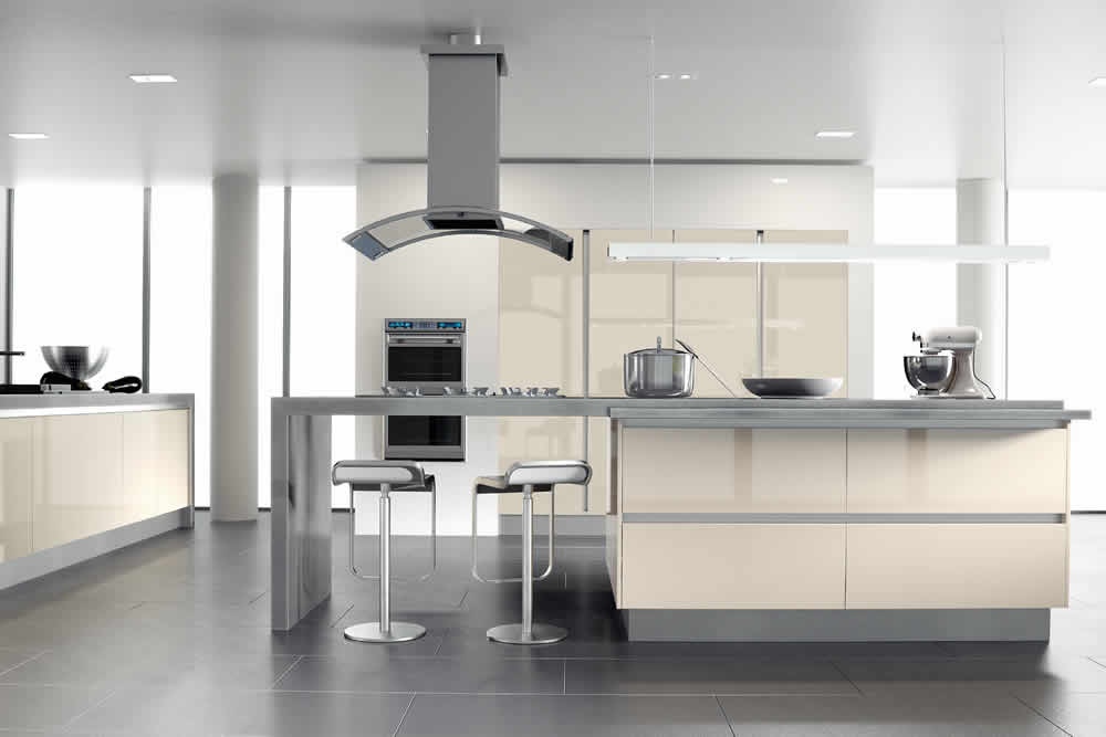 Zurfiz Ultra Gloss Cream Kitchen